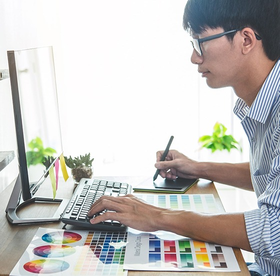 Virtual-Staff-Online-Outsourcing-Solutions-graphic-Designer-Philippines